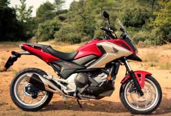 Honda NC750X - Model Features
