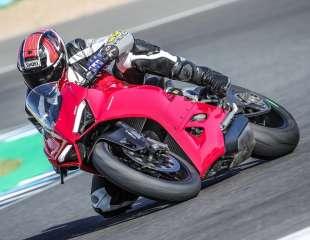 Test: Ducati Panigale V2